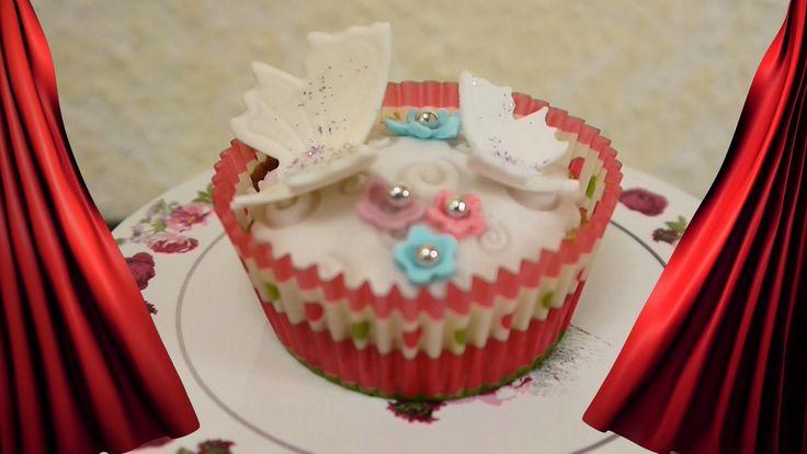 DIY Rezept Cupcakes mit Schmetterlingskuchen dekorieren mit Fondant