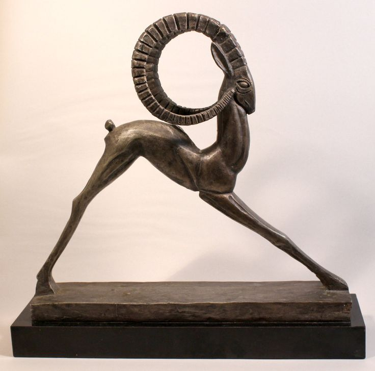 "15"" Art Deco Style Ibex Statue (Austin Production Inc 1981)."