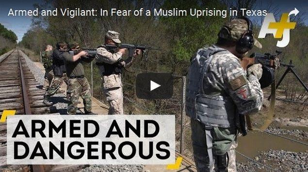 """Sekelompok Pria AS Berlatih Menembak Muslim Peluru Dicelup Darah Babi Agar Korban Langsung ke Neraka  Sekelompok pria Amerika Texas telah berlatih menembak Muslim mengklaim bahwa mereka harus membela diri dalam menghadapi 'pemberontakan'. Menurut sebuah laporan yang diterbitkan oleh The Independent Sabtu (28/5/2016) kelompok ini juga mencelupkan peluru mereka """"Dalam darah babi atau daging lemak babi (bacon) sehingga korban akan langsung pergi ke neraka."""" Juru bicara kelompok yang disebut…"""