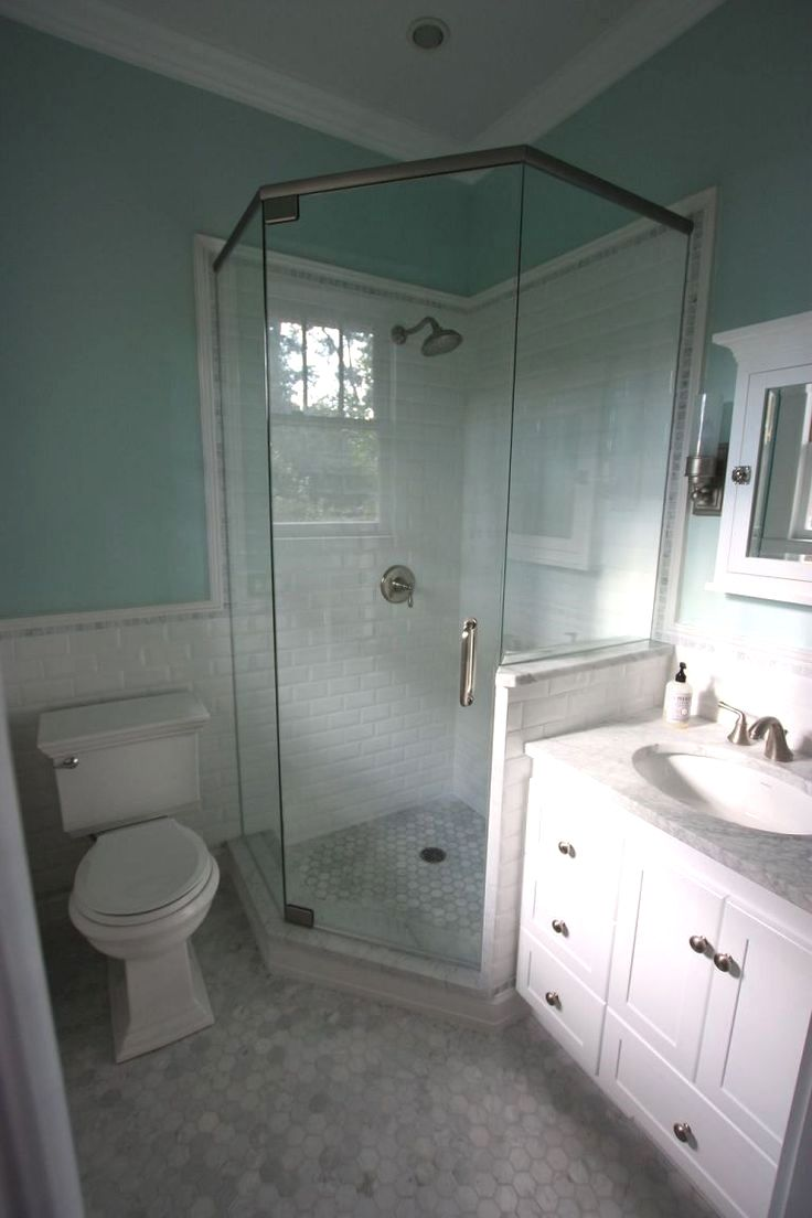 Insanely Cool Small Master Bathroom Remodel Ideas On A Budget 33 Bathroom Layout Bathroom Remodel Shower Small Master Bathroom