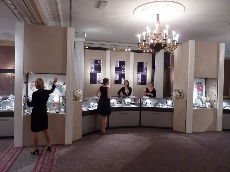 An exhibition for Sotheby's in Geneva selling Fine Jewellery. Exhibition designed and built by 4D Projects.