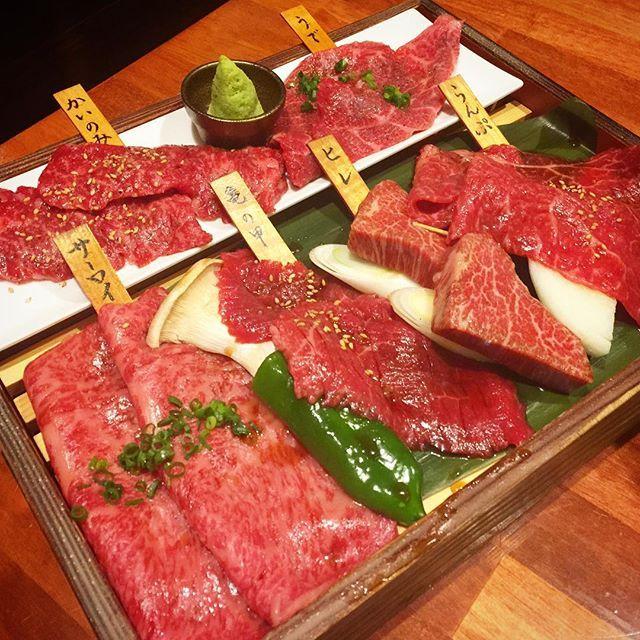 """サーロインとランプが特に美味でした…! At the back street of residential area in Daikanyama, you will find """"Kaneko"""", one of the best yakiniku restaurants in Tokyo !  #かねこ #代官山 #焼肉 #ステーキ #肉 #和牛 #東京肉レポート #肉レポ #kaneko #daikanyama #yakiniku #wagyu #beef #steak #instafood #food #foodie #bbq #barbecue #tokyo #tokyo29report"""