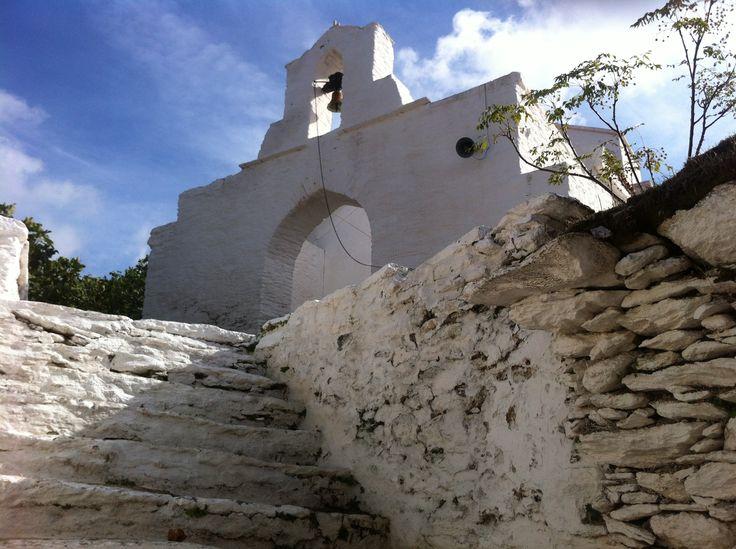 Episkopi Tzia Kea Greece http://goo.gl/QQwtUN urbantraveltales