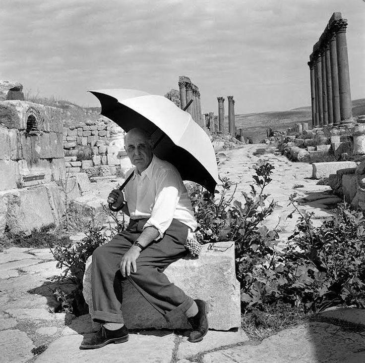 ΚΥΠΡΟΣ - 1950 - Ο ΠΟΙΗΤΗΣ ΓΙΩΡΓΟΣ ΣΕΦΕΡΗΣ - ΦΩΤΟΓΡΑΦΙΑ ΜΑΡΩ ΣΕΦΕΡΗ,