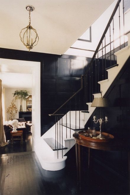 black walls: Dramatic Black, Black Gloss, Black And White, Interiors Design, Black White, Black Panels, Black Wall, Dark Wall, White Stairs