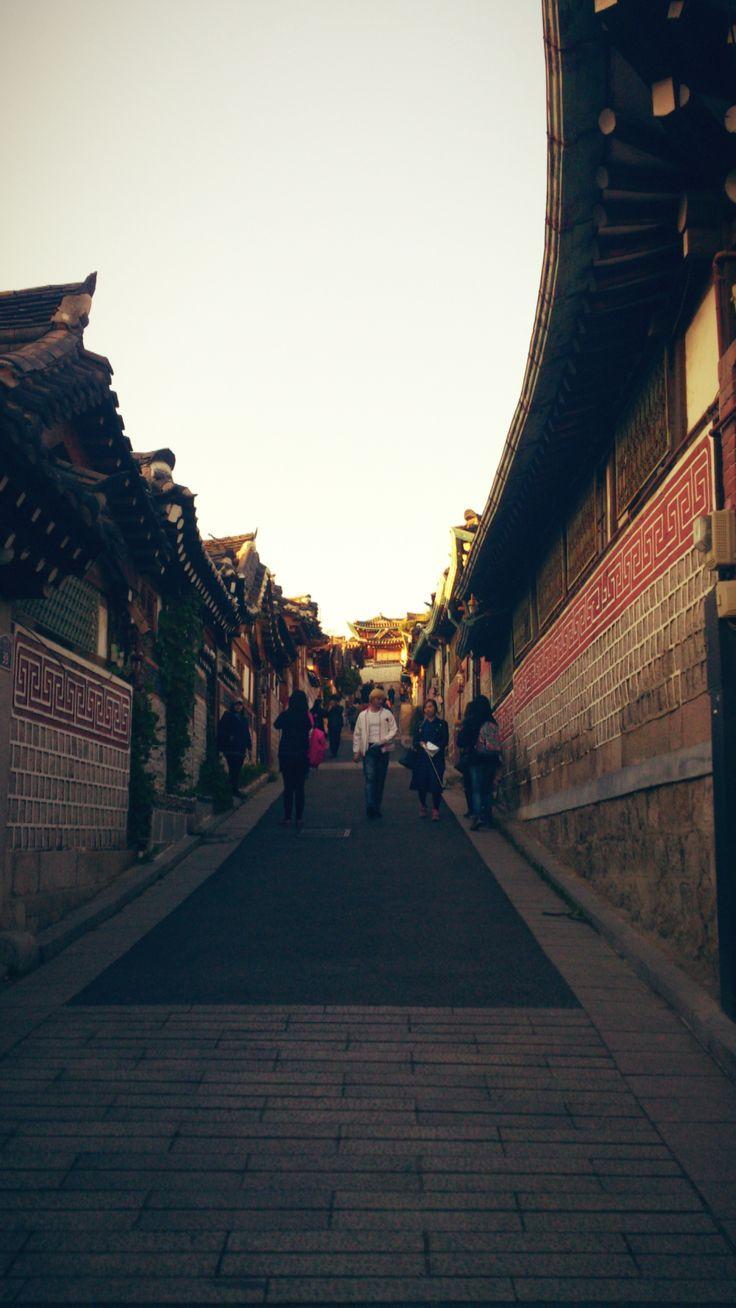 Bukchon Hanok Traditional Village - Gahoe-dong, Jongno-gu, Seoul, South Korea