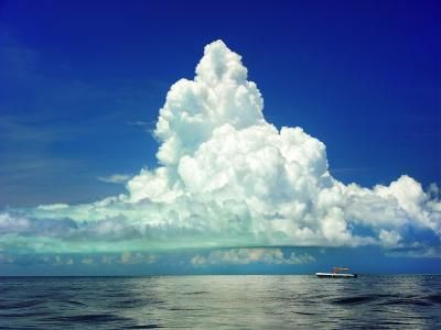 ¡Cuánto pesa una nube?