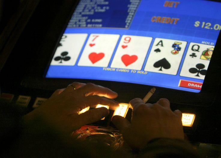 Amateur poker strip video