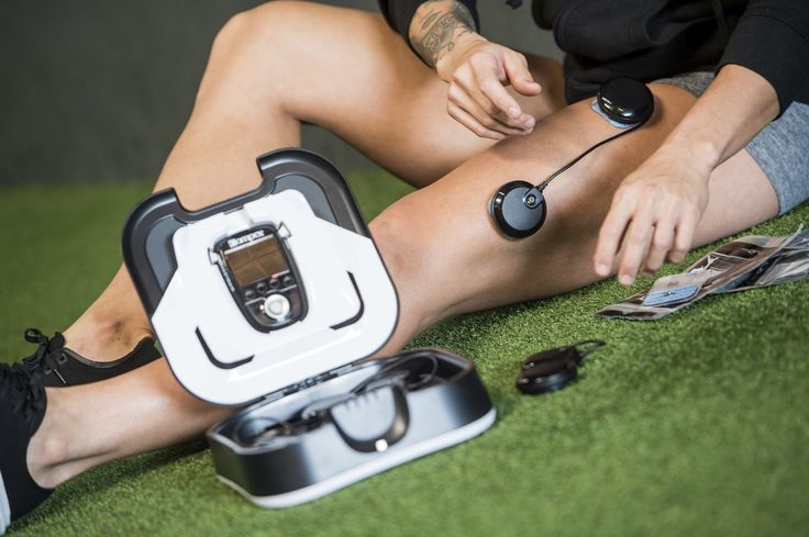 Does Electric Muscle Stimulation Reduce Muscle Soreness & Aid Recovery? by Healthy Jon, London based, male, health & fitness blogger.