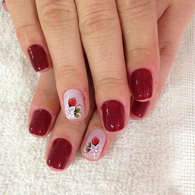 WEBSTA @ mariselinger - ❤️✨ #unhasdaMa #nails #nailart #unhas #like4like #avon #avoncrystal #esmaltes #instanails #deesmalte #rainhasesmaltadas #dicasdeunhas #dicasdeunhasbr #dicasdeunhald #unhasevideos #unhaskeycacau #amooquefaço #work #job #bomdia #boatarde #boanoite