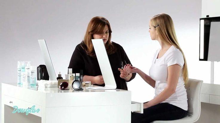 Jak nakładać podkład i korektor do twarzy by uzyskać naturalny makijaż -...