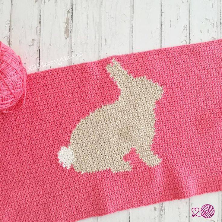 One little bunny with a fluffy white tail finished! But it's smaller than i wanted.. so I'm going to do another little bunny with a fluffy white tail facing the other way Ahh feel like I'm working at snail pace at the moment but hoping to get this bunny blanket finished next week! xxx Pattern is by @littledoolally (for a cushion but I'm just making it bigger for a blanket) & is made from cotton yarn from Bendigo Woollen Mills @bendigowoollenmills #littlecosythings #LCTblankets…