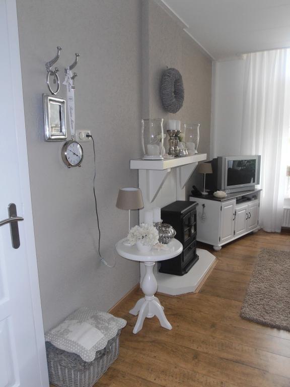 17 beste idee n over taupe kleuren verf op pinterest slaapkamer verf kleuren huis verfkleuren - Kleur van de muur kamer verf ...