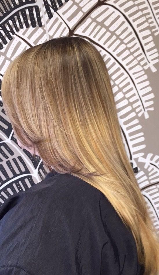 Dark base color with GOLDENING HIGHT LIGHTS.#ombre #balayage #illusionshairsalon #jorgecabrera #jairoperez #jairoperezm #nyc #nj #fashion #illucurls #illuwaves #hyrohair #itshair #americansalon @american_salon #modernsalon @modernsalon #oliviagarden @oliviagardenint #olaplex @olaplex @voguemagazine #vogue @behindthechair_com #behindthechair #hairbrained @hairbrained_official @alfaparfusa #alfaparf @aghair #aghair #trending #models #hairporn #sofiavergara #njhairsalons #unionhairsalons