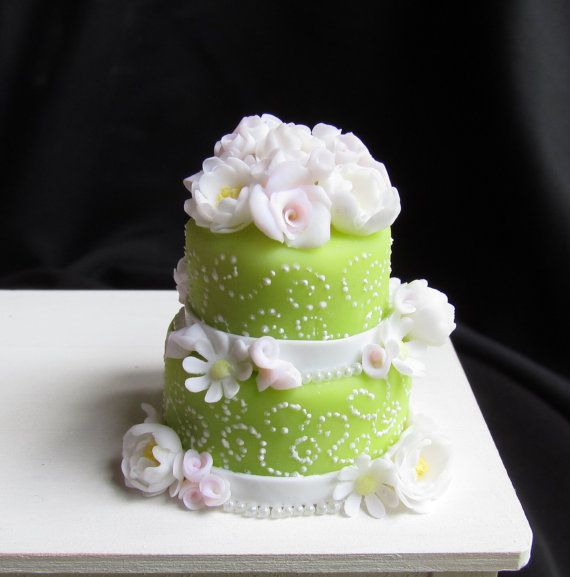 Dollhouse Miniature Cake Floral Wedding by GoddessofChocolate, $45.00