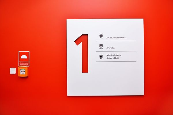 Wayfinding system - cultural and commercial passage on Behance
