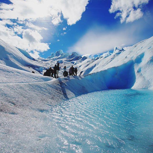 透き通る蒼い世界 氷河の山を頑張って登り出逢えた景色 #アルゼンチン#パタゴニア #ペリトモレノ氷河 #海外旅行 #世界一周 #ファインダー越しの私の世界 #大学生 #写真好きな人と繋がりたい #写真撮ってる人と繋がりたい #ファインダー越シノ私ノ世界 #東京カメラ部 #青空#フォロー#follow #followme #follow4follow #f4f #beautiful #instalike #instagood #tagsforlikes #tflers #retrip