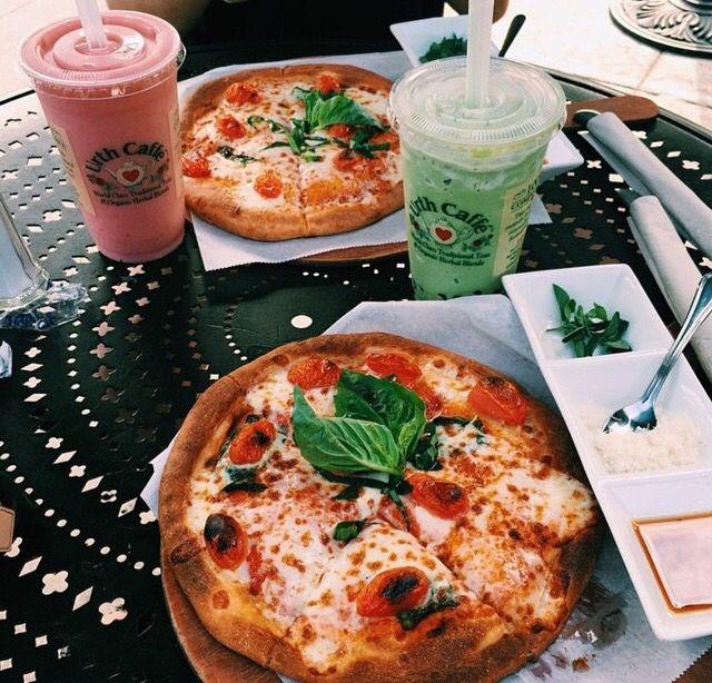 Urth Cafe