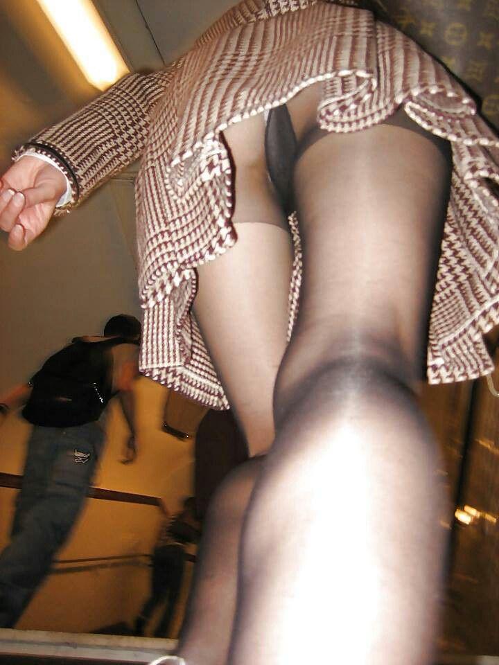 Dames d'âge mûr dans le porno tabou
