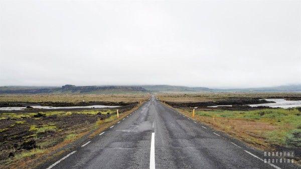 Islandia - Droga z Vik do Hofn Iceland with #readyforboarding #Iceland #Islandia #blogtrotters #blogtroterzy #travel #podróże #advice #porady