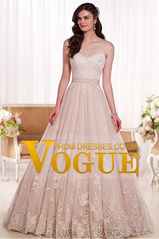 2015 Sweetheart A Line Wedding Dresses Tulle With Applique And Sash Court Train
