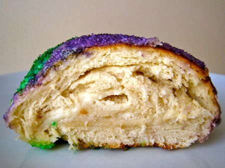 Can You Make Traditional King Cakes With Cinimon Rolls