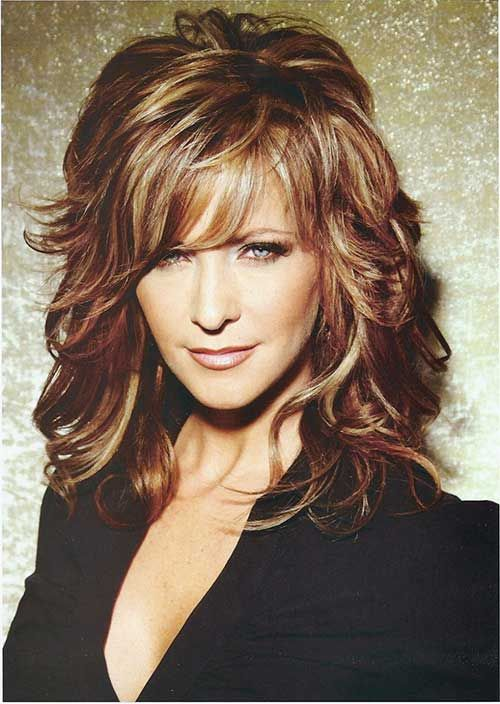 7.Long Hairstyle for Women Over 50…