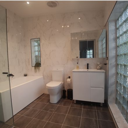 bathroom, bathroom renovation ideas, matte black tap ware, bathroom ideas, modern bathroom, luxury bathrooms,