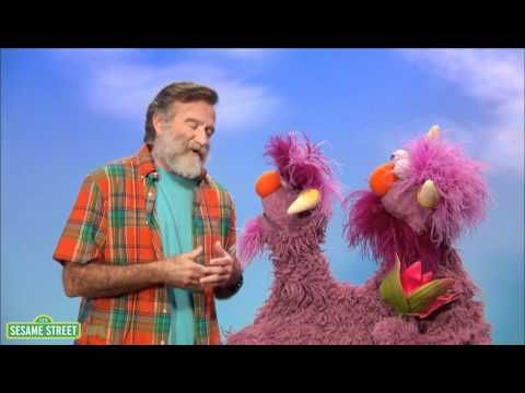 """Robin Williams Explains The Word """"Conflict"""" A Two-Headed Monster on Sesame Street."""