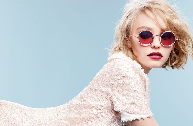 Daughter of Vanessa Paradis and Johnny Depp, Lily-Rose Depp, lands her first major campaign and she hasn't even turned 18 yet. Chanel has named her an ambassador for its fall-winter 2015 pearl eyewear advertisements. Photographed by Karl Lagerfeld, the images are set to hit magazines this September. In 1990, her mother Vanessa was first named the face of COCO perfume and fifteen years later, her daughter follows in her footsteps.