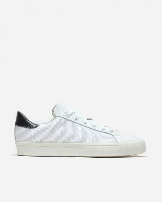 Adidas Rod Laver Vintage (Mesh) - Again, can't find an identical