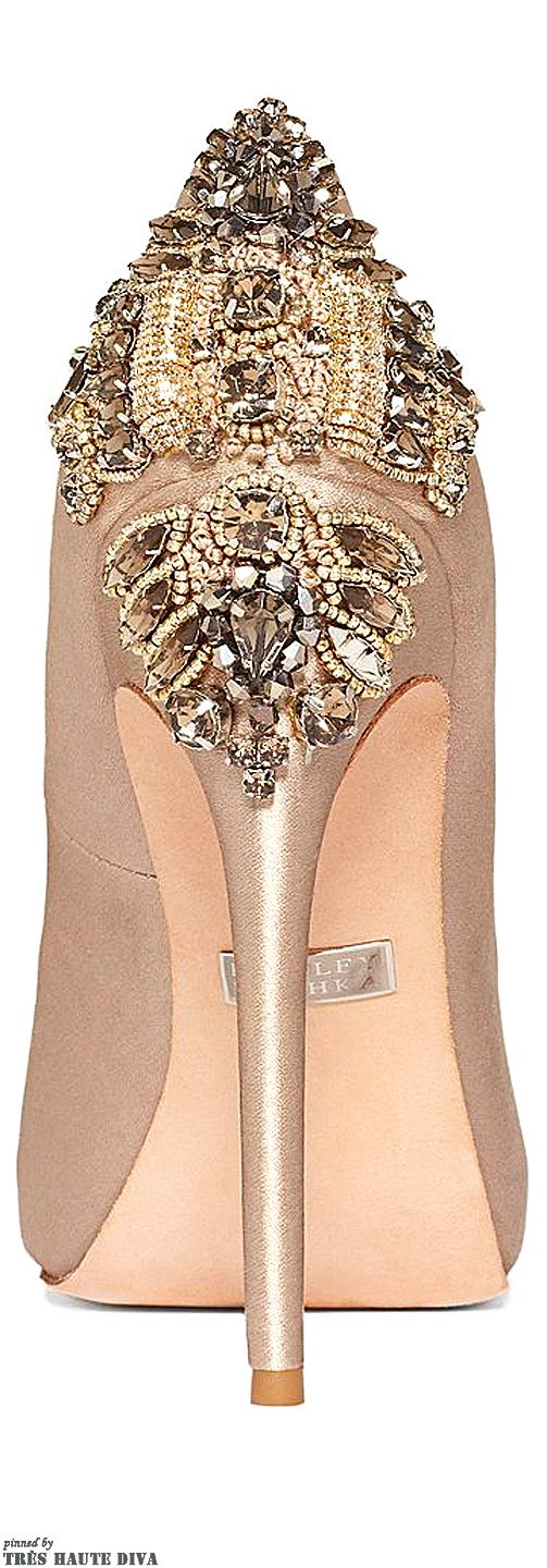 Fashion ~ Accessorize ✦ Badgley Mischka Dree II ✦ https://www.pinterest.com/sclarkjordan/fashion-~-accessorize/