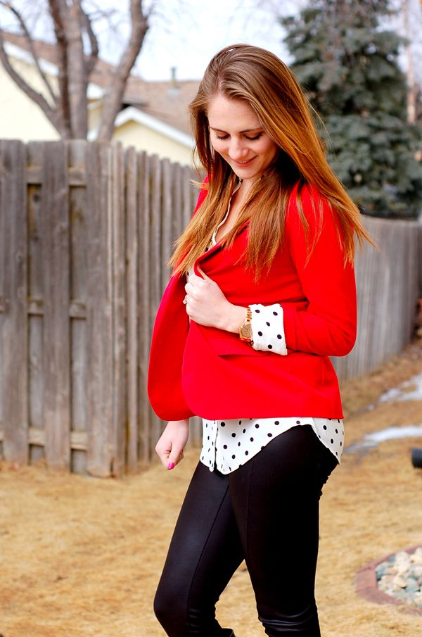 Chic of the Week: Darcy's Faux Leather Leggings Look