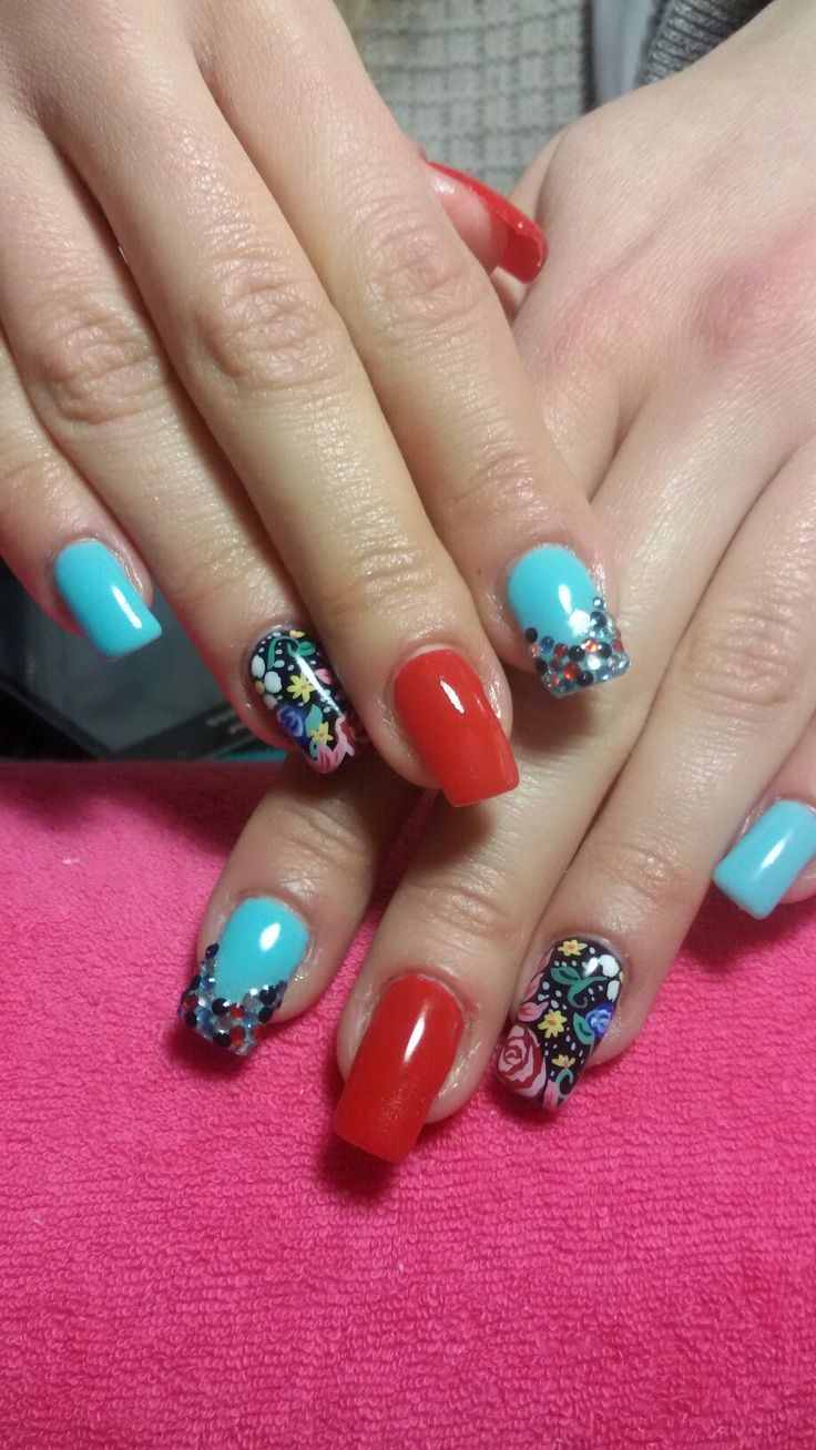 Flowers party nails! 😄 !