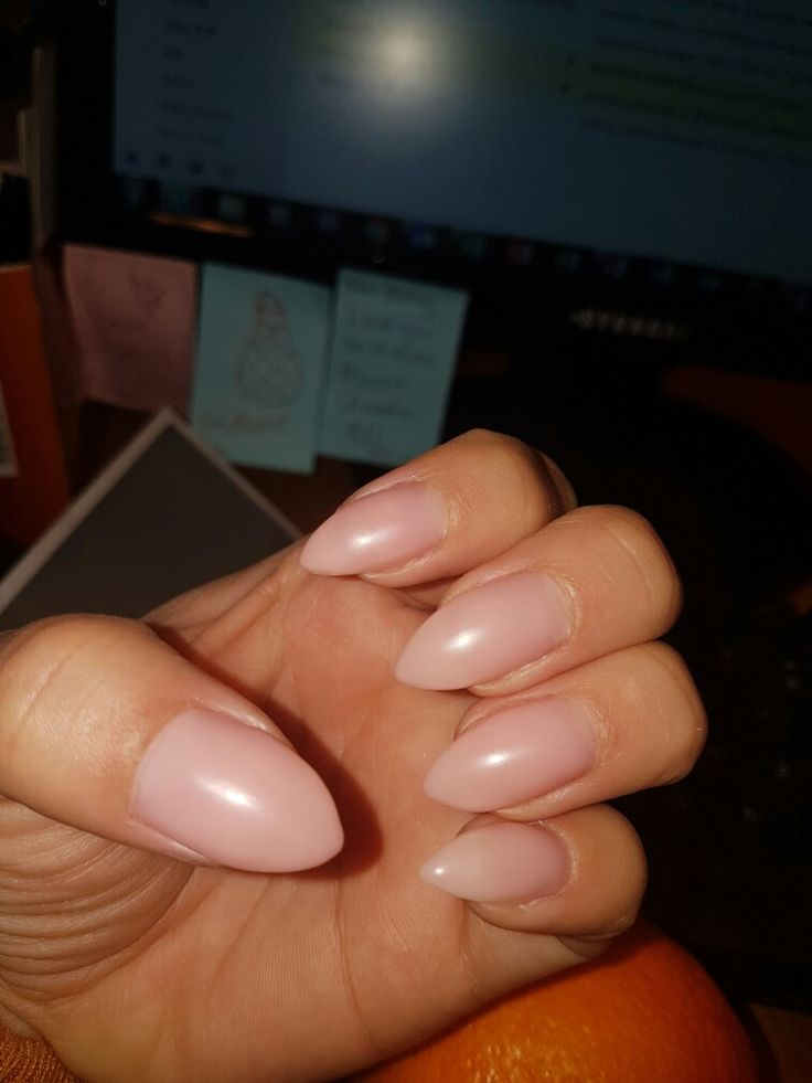 Matte neutral nails 😍