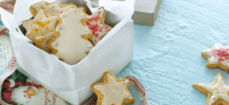 Enjoy some summer fun with these tasty Christmas biscuits the kids will love to decorate!