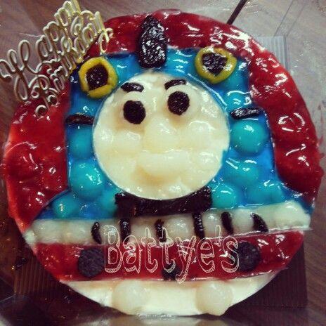 Thomas the train cheesecake I made
