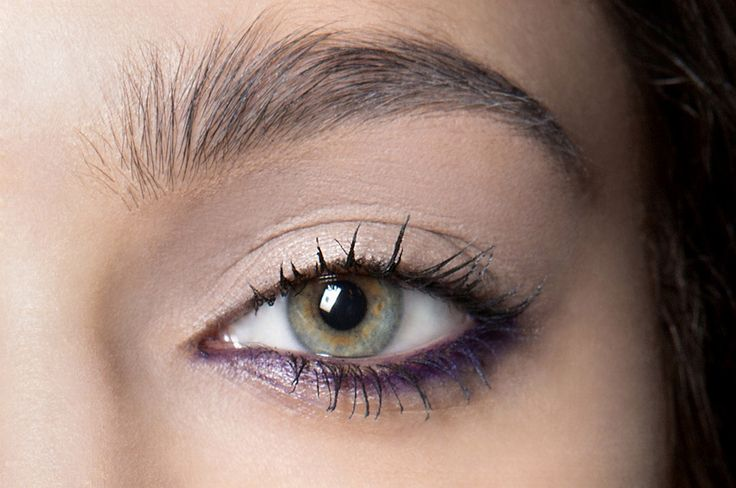 35 Ways to Wear Colorful Eyeliner | StyleCaster. Purple (plum) coloured eyeliner along the waterline only. For green eyes.