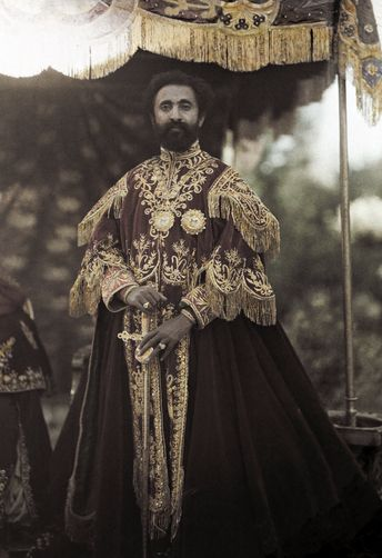 """Mental retardation is the biggest affliction of man kind"" - Emperor Haile Selassie. Why are there so many powerless black people ?  Are we still healing from Post Traumatic Slave Syndrome...."
