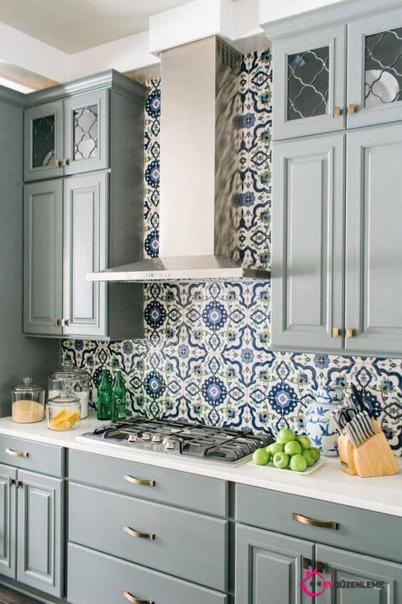 29 Başarılı Tezgah Arası Fayans Modelleri Mavi Mutfak