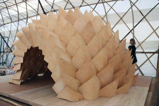 Dragon Skin Pavilion/Emmi Keskisarja Pekka Tynkkynen  LEAD  Beautiful, parametric, indirect light