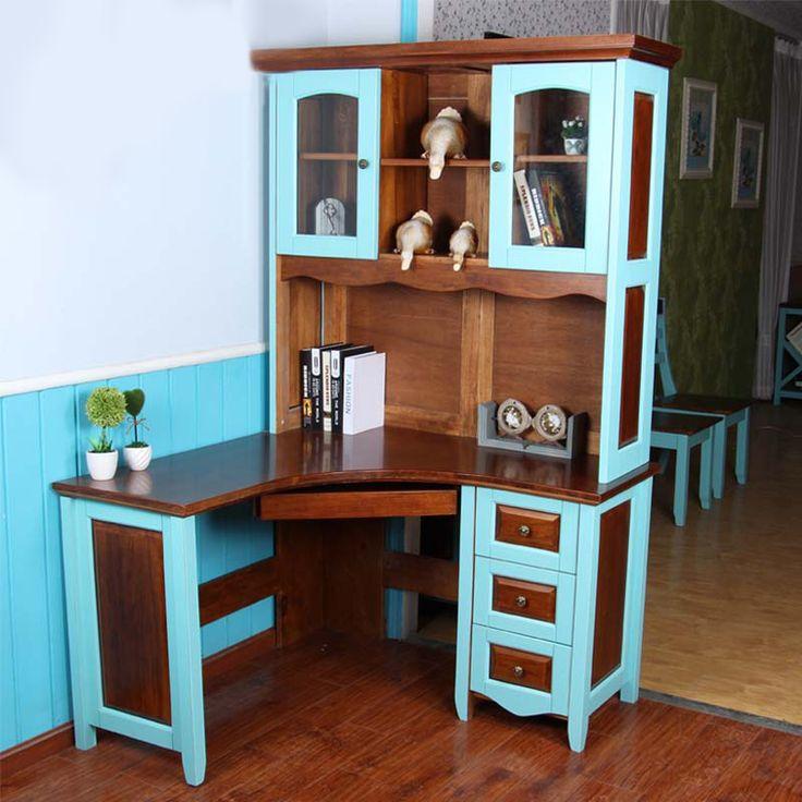 Угловой стол для компьютера в комнату ребенка