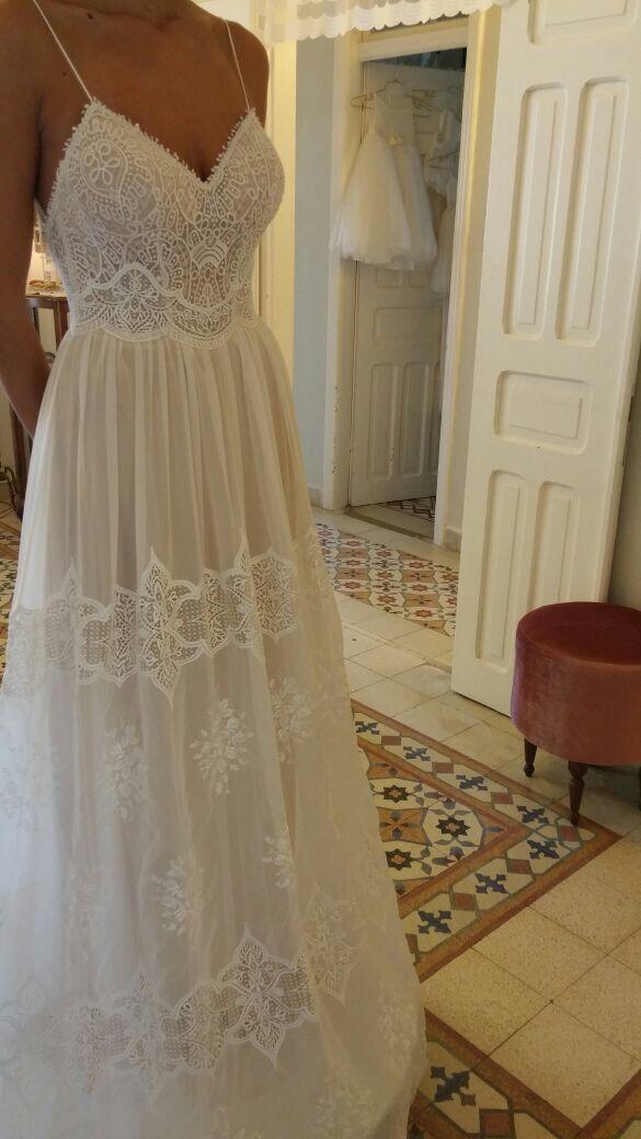 Vintage Spitze wulstiges Hochzeitskleid