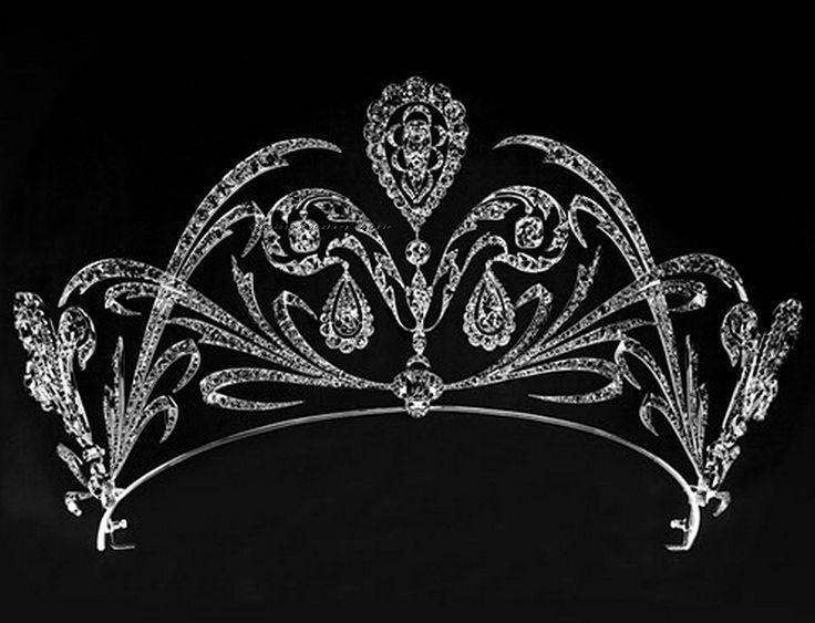 Fleur de Lys tiara de diamantes por Chaumet. 1900s adiantados