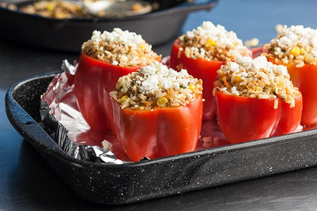 Stuffed Red Bell Peppers With Ground Chicken Recipe Recipe Stuffed Peppers Ground Chicken Recipes Recipes