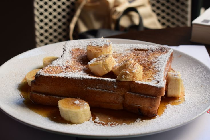 The Clumsies| Athens downtown| Do you wanna try french toast greek style? yummy | French toast ... αλά Ελληνικά? Φύγαμε!