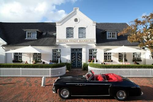 Hotel Stadt Hamburg Westerland This family-run hotel is located in Westerland, on the North Sea island of Sylt. It features a gourmet restaurant and an Asian-style spa with indoor swimming pool, sauna and massages. Free WiFi access is available at the hotel.