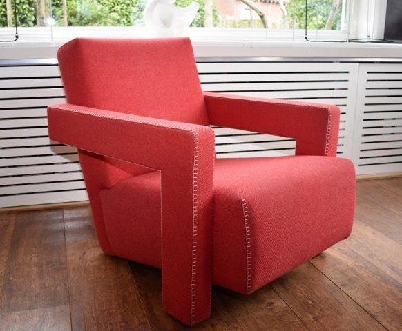Gerrtit T. Rietveld voor Cassina- Utrecht fauteuil  EUR 1130.00  Meer informatie