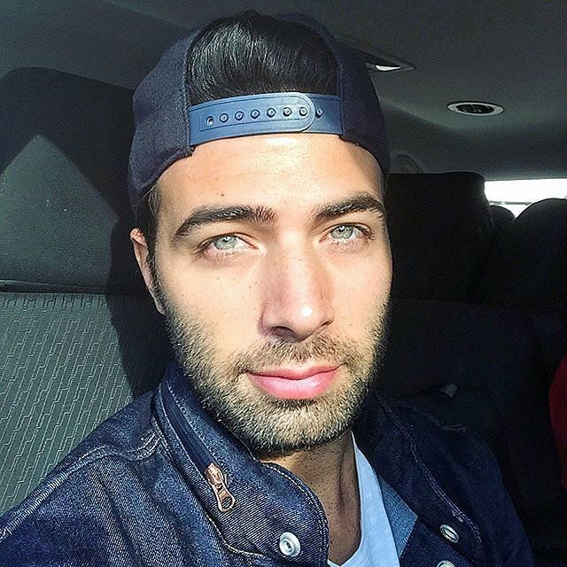 You might have just fallen under the spell of Cuban-American actor and pop star Jencarlos Canela's gorgeous green eyes after seeing him on NBC's Telenovela with Eva Longoria, but his sparkly stare has been melting hearts as the star of Telemundo soap operas, like Pasión Prohibida, for years.
