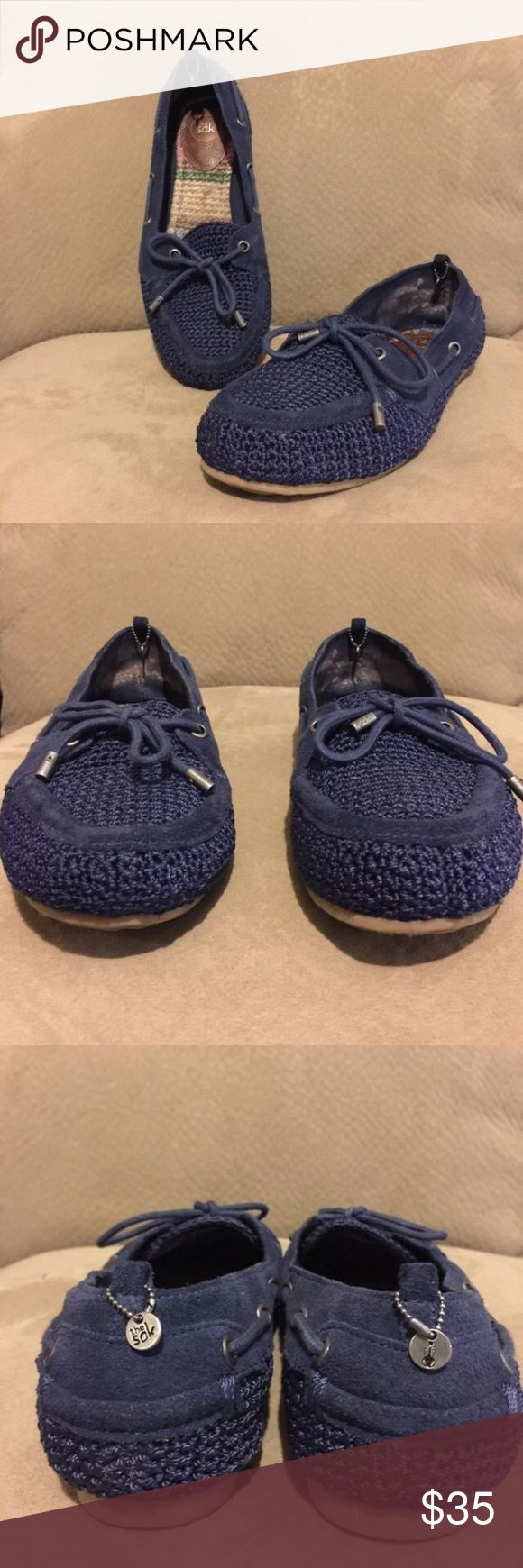 The sak crochet navy flat shoe 6.5 No rips, stains or odor...excellent condition...hangtags on back of shoe, interior lining shows rub wear from use The Sak Shoes Flats & Loafers